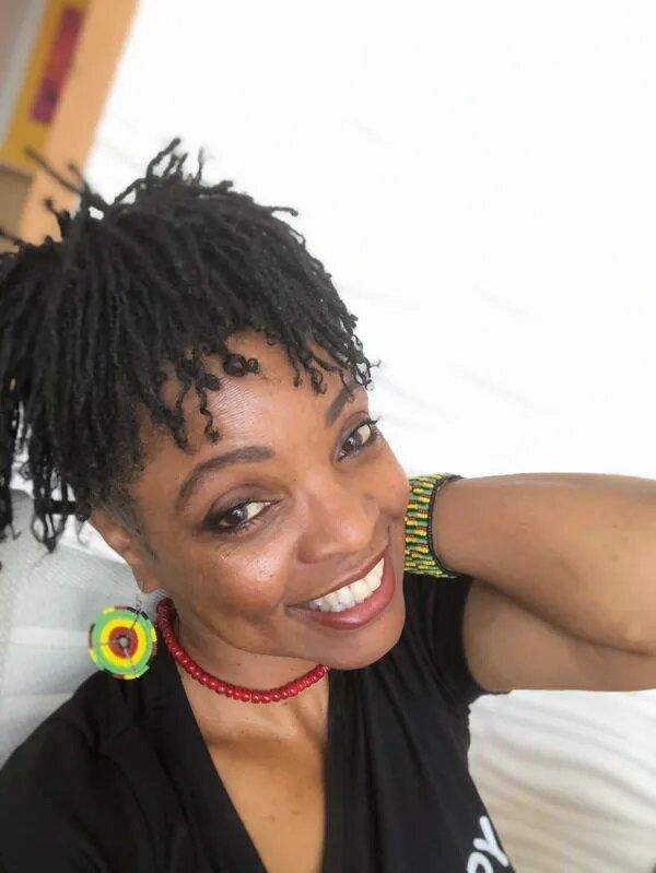 Oshalla Diana Marcus