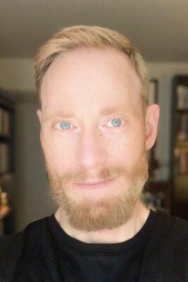Dr. Scott MacDougall headshot